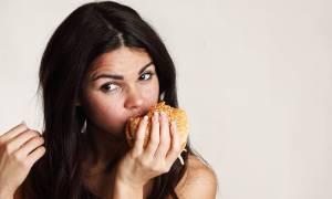 Τα διατροφικά λάθη που επηρεάζουν την ψυχική υγεία