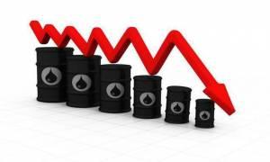 Πέφτει η τιμή του πετρελαίου στις ασιατικές αγορές