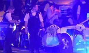 Επίθεση Λονδίνο: Η αστυνομία δεν έχει διευκρινίσει εάν το βαν έπεσε εσκεμμένα στους πολίτες