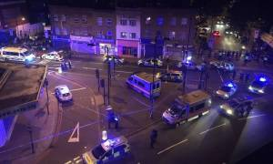 Finsbury Park attack: Man dies as van hits worshippers