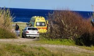 Θρίλερ στη Φωκίδα: Πήγαν για βαρκάδα και βρήκαν μισοφαγωμένο πτώμα με σφαίρα στο κεφάλι