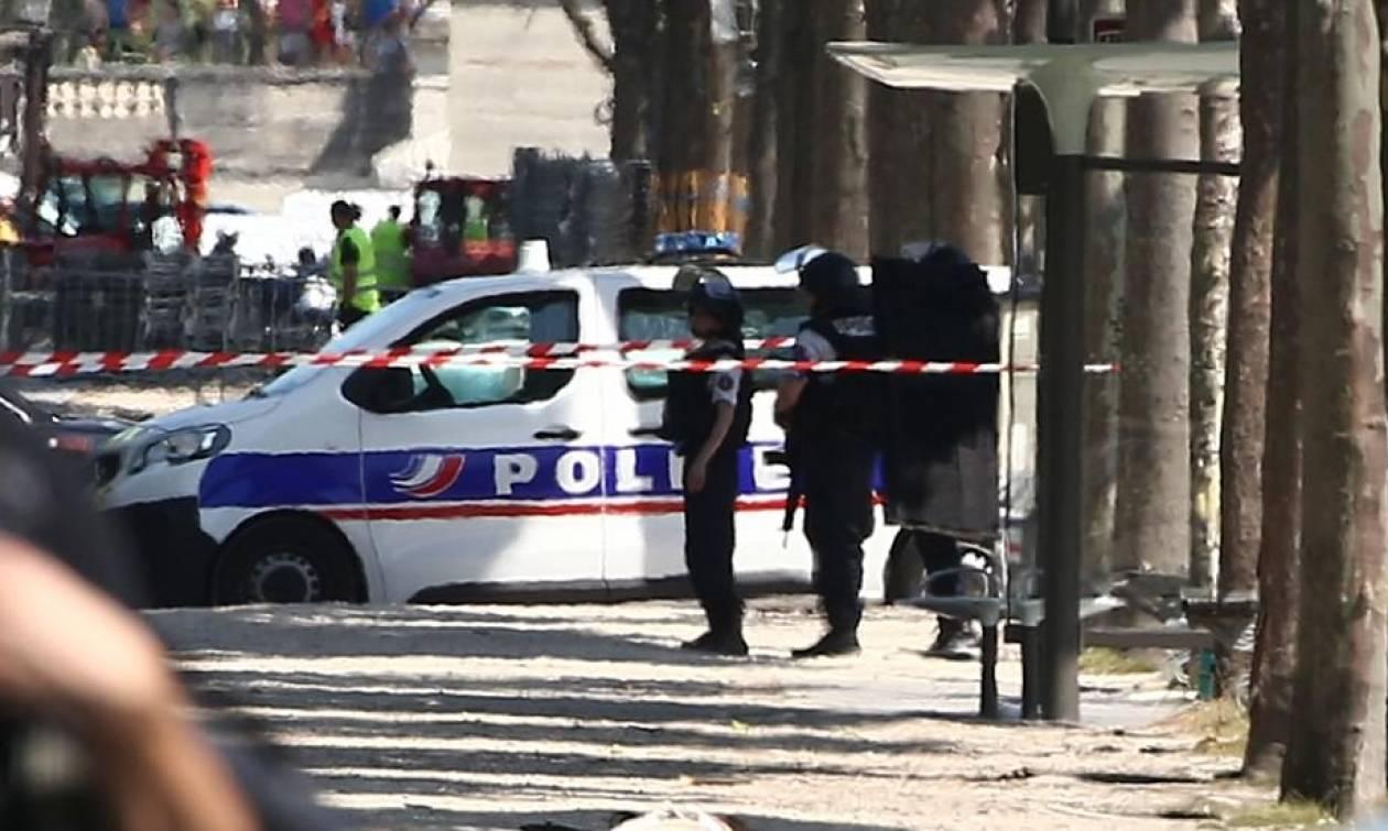 Γαλλία: Υπό κράτηση μέλη της οικογένειας του δράστη της επίθεσης στα Ηλύσια Πεδία