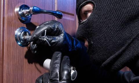 Κέρκυρα: Δικογραφία κατά τριών ατόμων που «ξάφριζαν» σπίτια