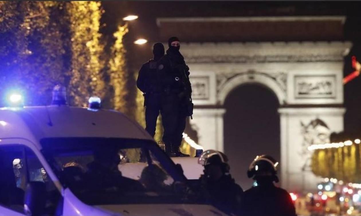 Παρίσι: Πίστη στο Ισλαμικό Κράτος είχε ορκιστεί ο δράστης των Ηλυσίων Πεδίων