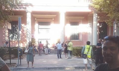 Κέρκυρα: Υπό κατάληψη το δημαρχείο από συμβασιούχους της ΠΟΕ - ΟΤΑ