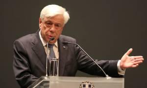 Ο Προκόπης Παυλόπουλος απένειμε πτυχία σε απόφοιτους των Ενόπλων Δυνάμεων
