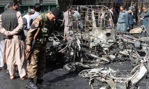 Αφγανιστάν: Δεκάδες νεκροί σε επίθεση αυτοκτονίας