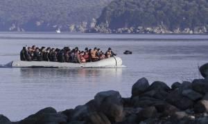 Σκάφος με 120 πρόσφυγες ανοικτά της Καρπάθου