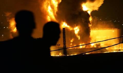 СМИ: в результате возгорания цистерны с топливом в Пакистане погибли 123 человека