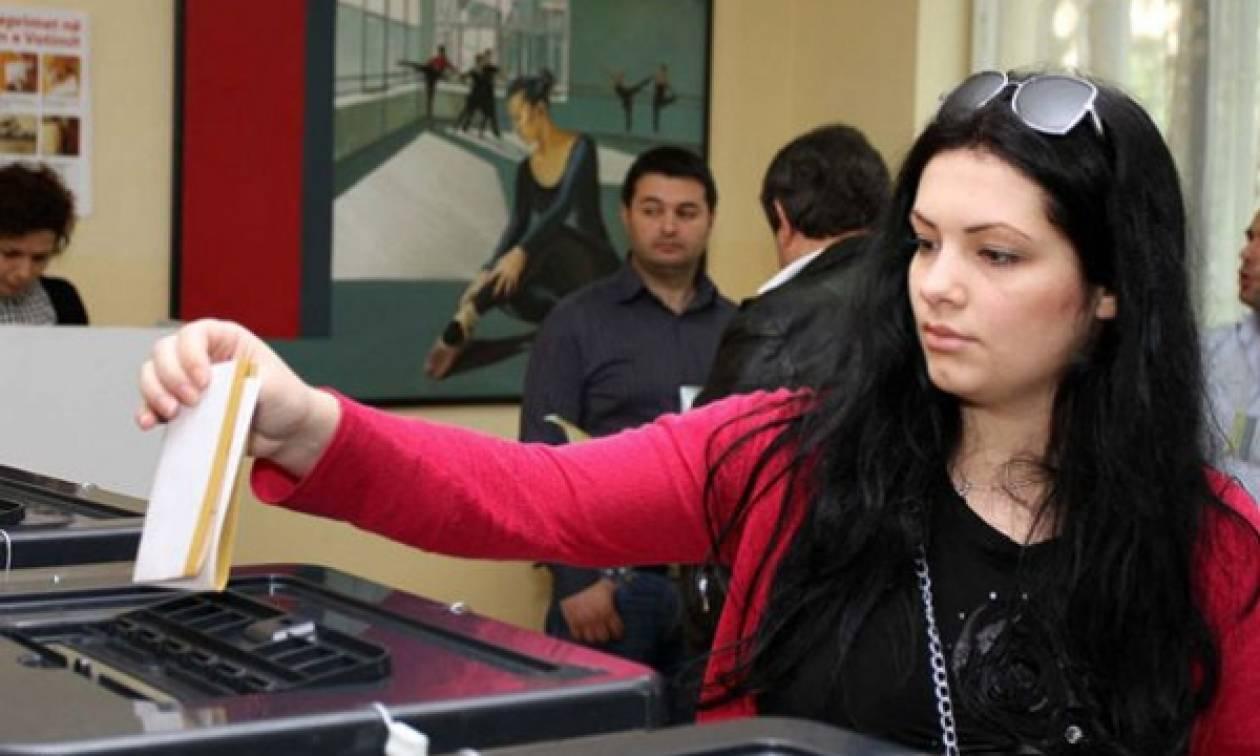 Άνοιξαν οι κάλπες στην Αλβανία – Δείτε ποιος θα είναι ο νέος πρωθυπουργός της χώρας (Δημοσκοπήσεις)