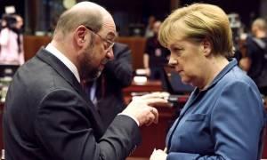 Σουλτς εναντίον Μέρκελ: «Πάσχει από αλαζονεία της εξουσίας»