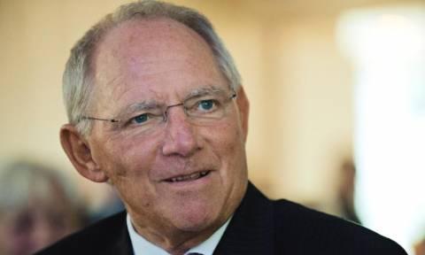 Εκλογές Γερμανία: Ο Σόιμπλε κλείνει το μάτι στους Φιλελεύθερους