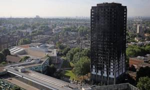 FT: Οι ασφαλιστικές είχαν προειδοποιήσει την κυβέρνηση για τον κίνδυνο πυρκαγιάς σε ουρανοξύστες