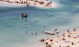 «Γαλάζια σημαία» για την παραλία «Μαύρου Μόλου» Κισσάμου