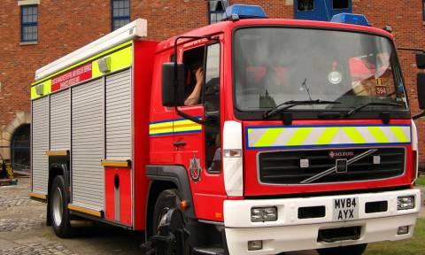 Σάλος! Έκαναν σεξ μέσα σε πυροσβεστικό όχημα – Η φωτογραφία - ντοκουμέντο που... άναψε φωτιές!