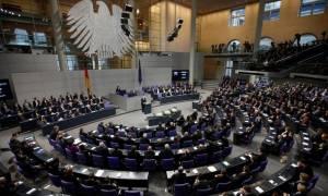 Γερμανική Βουλή: «Πράσινο φως» για την εκταμίευση της επόμενης δόσης προς την Ελλάδα
