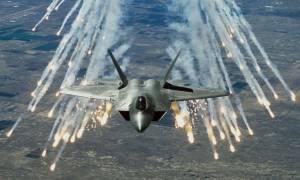 Συρία: Τουλάχιστον τριάντα νεκροί από αεροπορικούς βομβαρδισμούς