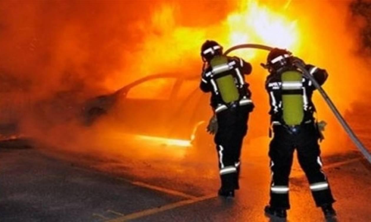 Τραγωδία στα Μέγαρα: Απανθρακωμένο πτώμα σε όχημα που άρπαξε φωτιά