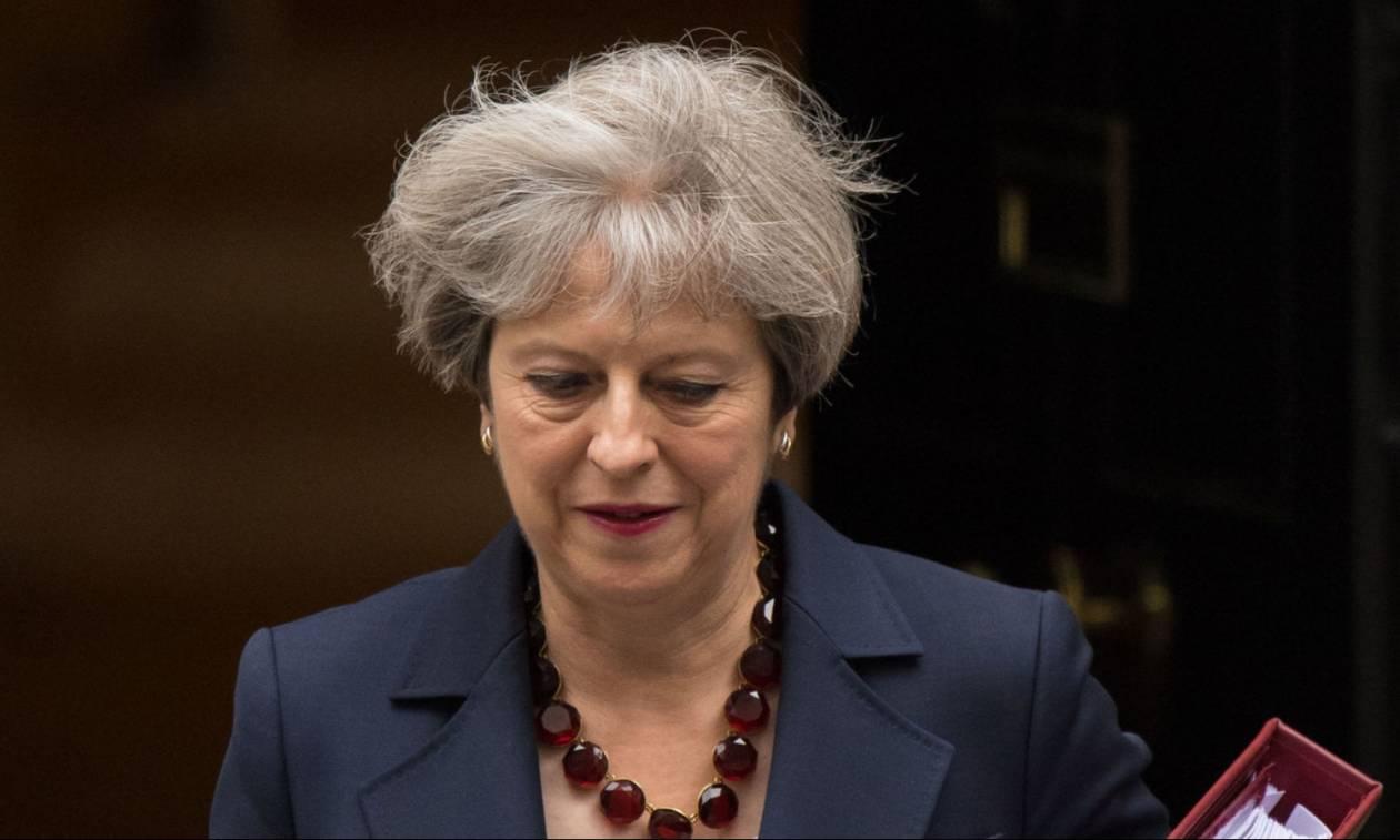 Βρετανία: Ψήφο εμπιστοσύνης έλαβε η κυβέρνηση της Τερέζα Μέι