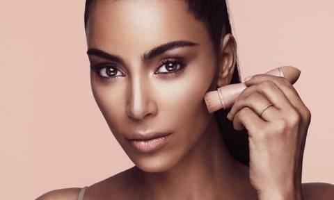 Δες βήμα - βήμα πώς πετυχαίνει η Kim Kardashian το natural μακιγιάζ της!