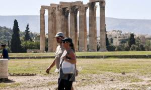 Τράπεζα της Ελλάδος για Τουρισμό: Περισσότερες αφίξεις, λιγότερα έσοδα
