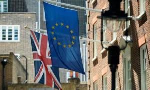 Το Ηνωμένο Βασίλειο έχει ήδη αφαιρεθεί από τον χάρτη της Ε.Ε. σε γαλλικά σχολικά εγχειρίδια