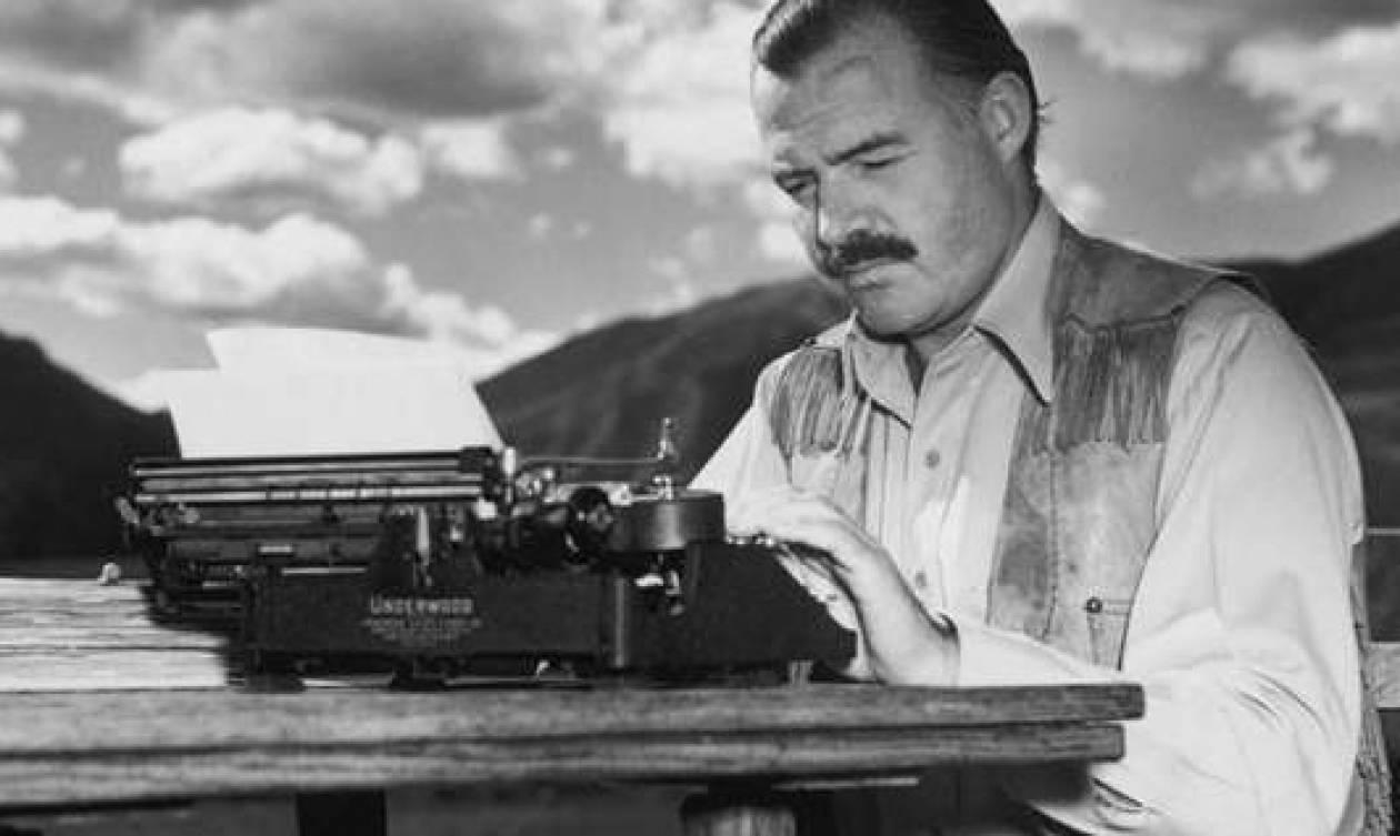 Σαν σήμερα το 1961 «έφυγε» ο βραβευμένος με Νόμπελ Αμερικανός συγγραφέας Έρνεστ Χέμινγουεϊ