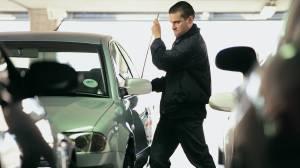 Σοκ: Δες πώς σου κλέβουν το αμάξι!
