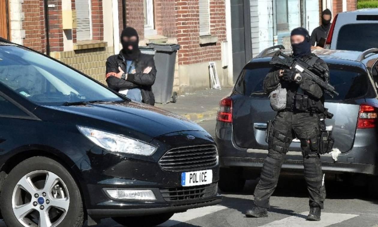 Συναγερμός για επικείμενα τρομοκρατικά χτυπήματα σε Γαλλία και Βέλγιο – Εντοπίστηκε γιάφκα