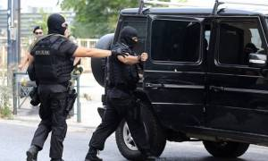 Συναγερμός στην Αντιτρομοκρατική: Αυτός είναι ο αποστολέας των απειλητικών φακέλων