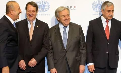 Κυπριακό: Δεν θα παρευρεθούν οι πρωθυπουργοί στη Διάσκεψη στο Κραν Μοντάνα