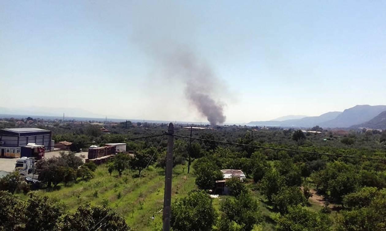 Αίγιο: Μεγάλη φωτιά στο Σταθμό Μεταφόρτωσης Απορριμμάτων
