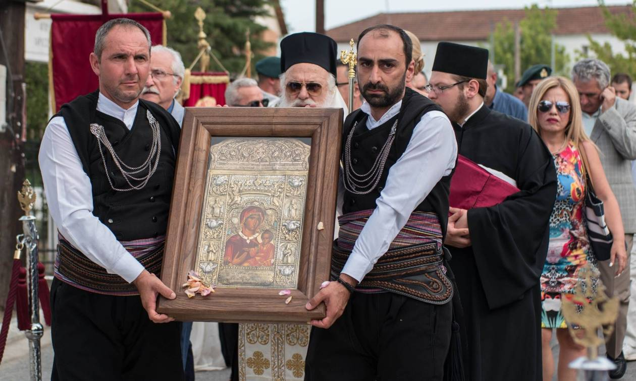 Με τιμές υποδέχτηκε η Εύξεινος Λέσχη Χαρίεσσας αντίγραφο της εικόνας της Παναγίας Σουμελά