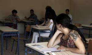Το απόλυτο αλαλούμ: Δεν καταργούνται οι Πανελλήνιες, αλλά οι ενδοσχολικές εξετάσεις