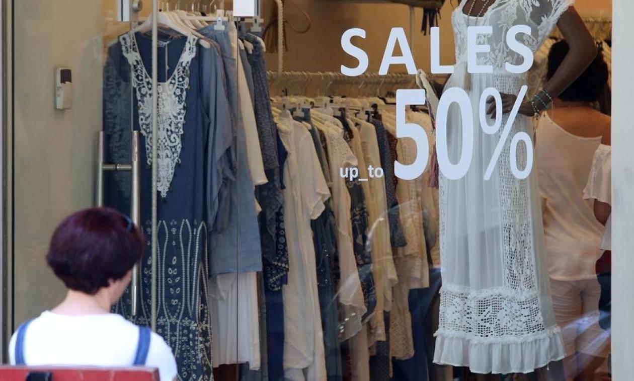 Πού θα ανοίγουν τα καταστήματα τις Κυριακές – Αντιδρούν έμποροι και υπάλληλοι