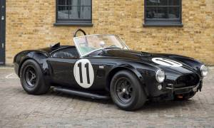 Αυτή η Cobra του 1964 δαγκώνει κανονικά