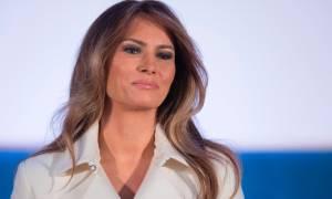 G20: Έληξε ο «εγκλωβισμός» της Μελάνια Τραμπ – Εμφανίστηκε στο πλευρό του συζύγου της (vid)
