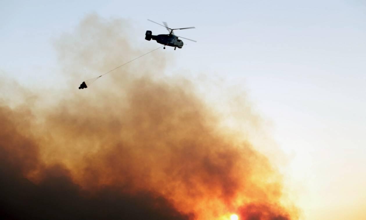 Καίει ακόμα η φωτιά στη Ζάκυνθο