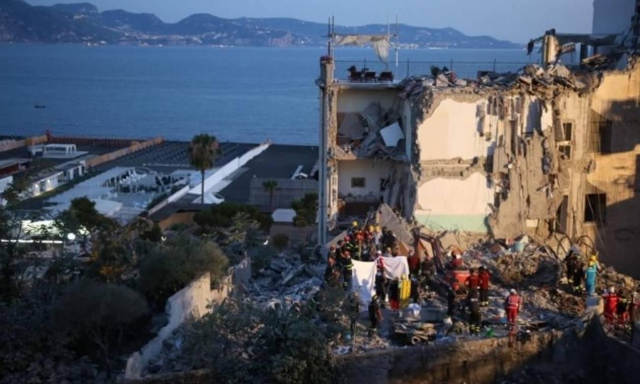 Ιταλία: Νεκροί όλοι οι αγνοούμενοι στην κατάρρευση κτηρίου στη Νάπολη