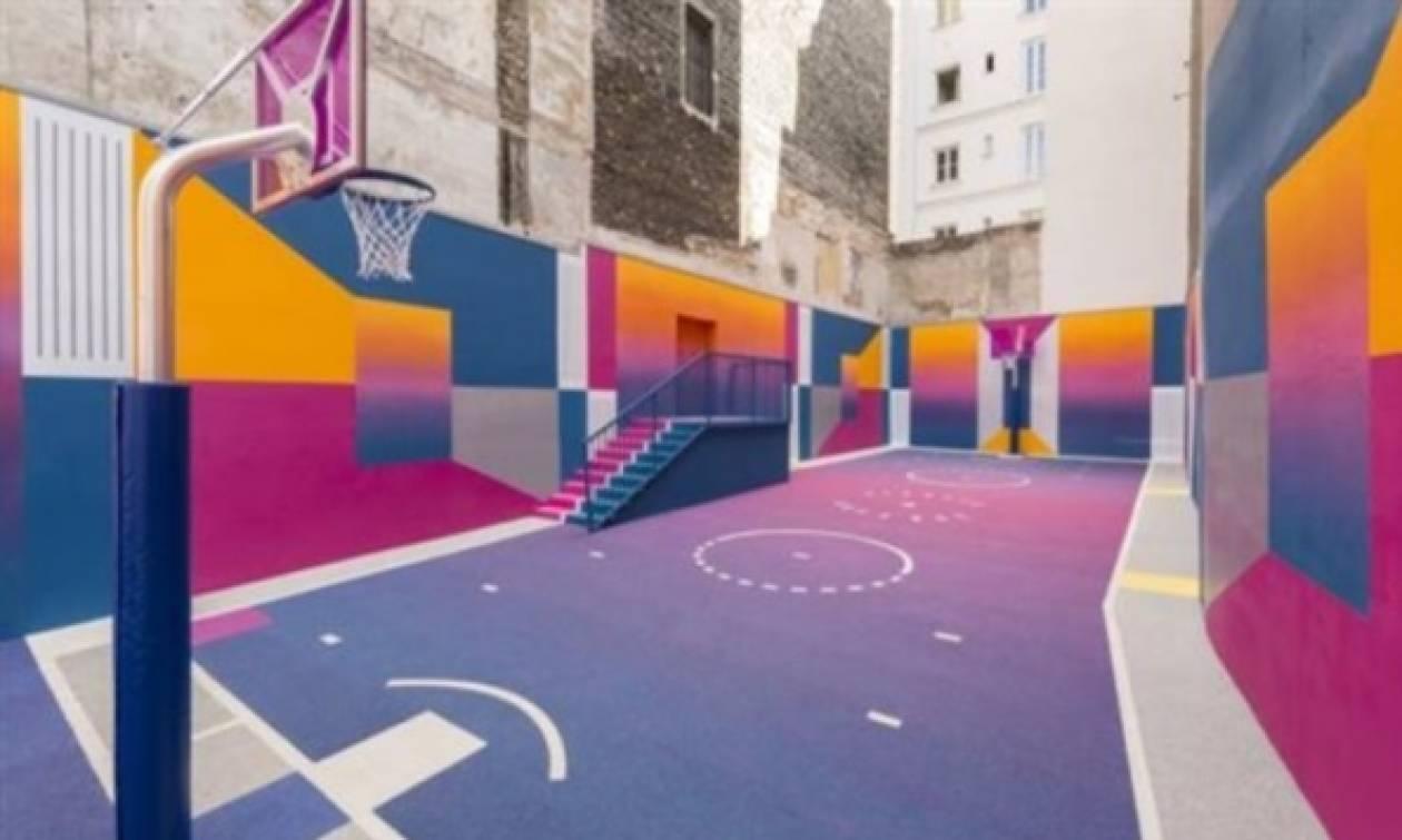 Αυτό είναι το πιο... πολύχρωμο και ασύμμετρο, συνοικιακό γήπεδο μπάσκετ! (pics)