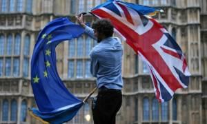 Ευρωπαϊκό Κοινοβούλιο: Φιάσκο οι προτάσεις της Βρετανίας για τους πολίτες της ΕΕ που ζουν στη χώρα