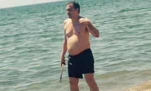 Ευκλείδης Τσακαλώτος: Έπαιξε beach volley στις διακοπές του στην Ηλεία