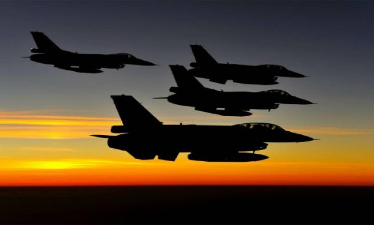 Νέες παραβιάσεις και εικονική αερομαχία με οπλισμένα τουρκικά αεροσκάφη στο Αιγαίο