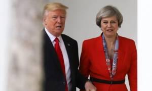 Του χρόνου θα επισκεφθεί τη Βρετανία ο Τραμπ