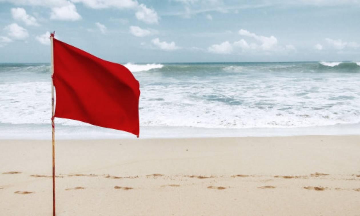 Προσοχή! Οι ειδικοί προειδοποιούν: Σε αυτές τις παραλίες της Αττικής δεν πρέπει να κολυμπήσετε
