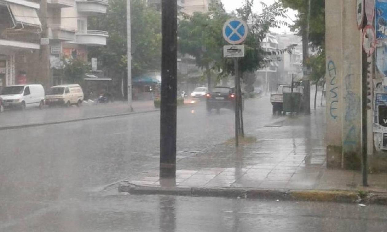 Κακοκαιρία: Στο έλεος της «Μέδουσας» η Ελλάδα - Προβλήματα σε Αγρίνιο, Λάρισα και Θεσσαλονίκη