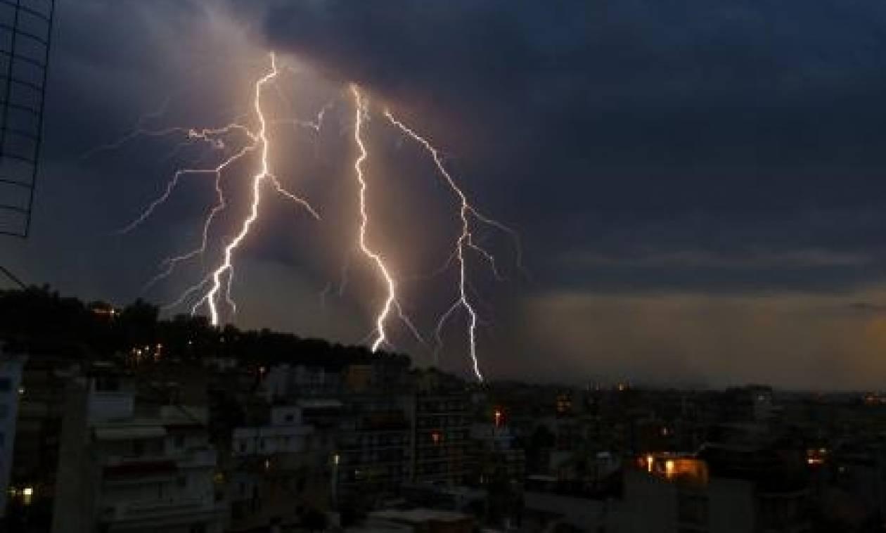 Κακοκαιρία: Στο «πόδι» η Αχαΐα από σφοδρές καταιγίδες αλλά και κεραυνούς που προκάλεσαν πυρκαγιές