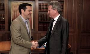 Ευρωπαϊκό προϋπολογισμό σύγκλισης ζήτησε ο Τσίπρας από τον Έτινγκερ