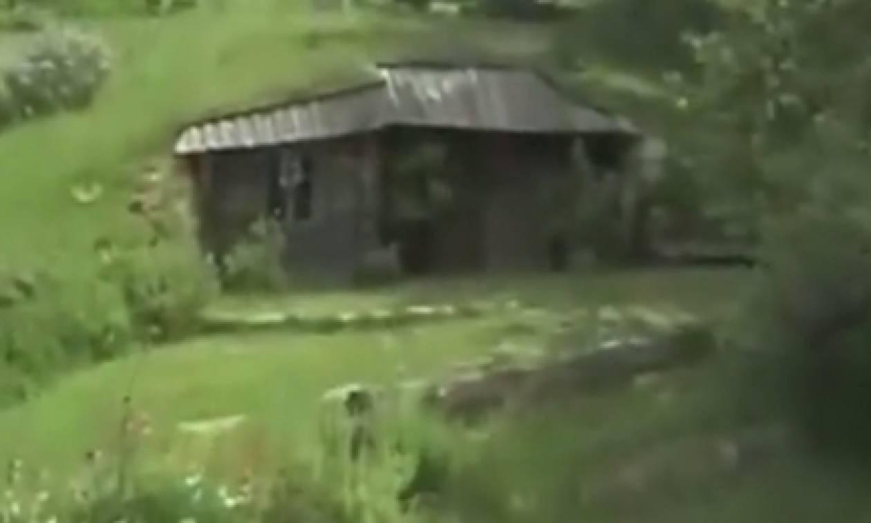 Οσοι έβλεπαν αυτό το σπίτι το χαρακτήριζαν καλύβα. Μόλις μπήκαν μέσα... έπαθαν πλάκα (video)