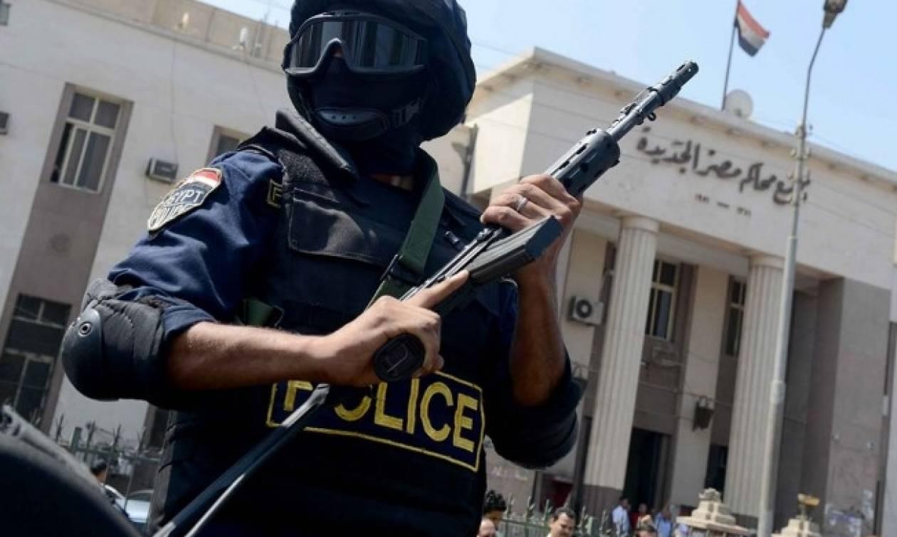 Αίγυπτος: Τέσσερις αστυνομικοί σκοτώθηκαν σε βομβιστική επίθεση στο Σινά